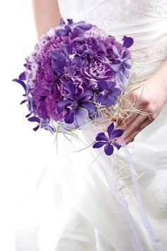 Purple bouquet. Unknown designer.