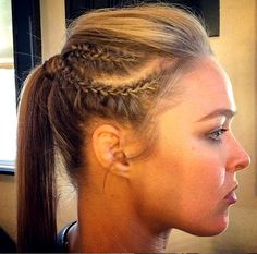 (no title) If you should be trying to find hairstyles that Sporty Hairstyles, Weave Hairstyles, Cool Hairstyles, Ronda Rousey Photoshoot, Sport Hair, Wwe Wallpaper, Hair Arrange, Voluminous Hair, 61 Kg