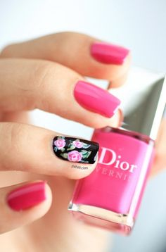 15 Diseños de Uñas con Rosas Romántico ! - Manicure