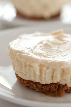 baileys no cook cheesecakes (5 ingredients/10 minutes)-- really there's some prep letting the cream cheese soften a little