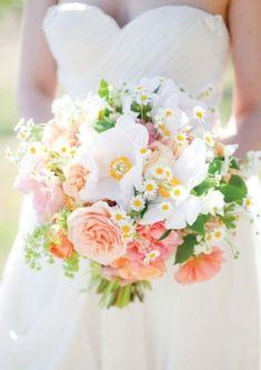 wedding bouquet design by La Fleuriste photographed by Lori Paladino