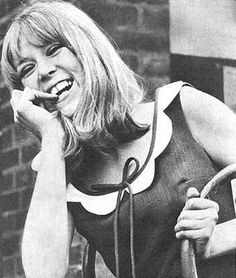 Google Image Result for http://images5.fanpop.com/image/photos/29700000/Pattie-Boyd-pattie-boyd-29737650-339-400.jpg