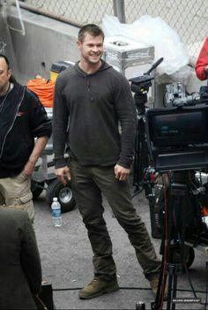 Red Dawn 2012 Chris Hemsworth