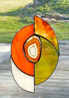 Fused Glass art Mosaics - - Glass art Panel - - Beach Glass art With Resin - Glass art Videos Pictures Stained Glass Suncatchers, Stained Glass Designs, Stained Glass Projects, Stained Glass Patterns, Stained Glass Art, Mosaic Projects, Broken Glass Art, Sea Glass Art, Mosaic Glass