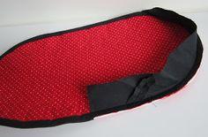 Lappeklipp: Necessär - tutorial Pot Holders, Lunch Box, Quilts, Bags, Purses, Handbags, Patch Quilt, Taschen, Potholders