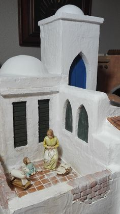 Jill R.'s media statistics and analytics Christmas Crib Ideas, Christmas Nativity Set, Putz Houses, Fairy Houses, Fontanini Nativity, Pottery Houses, Doll House Plans, Miniature Crafts, Miniture Things