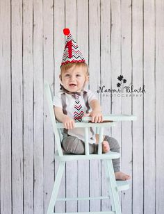 1st Birthday Cake Smash CHEVRON 1st Birthday 2nd 3rd 4th 5th Party Hat and Personalized Bodysuit Photo Prop