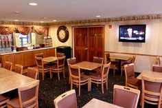 Country Inn & Suites Breakfast Area / Waterloo, Iowa