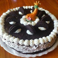 giraffe oreo birthday cake