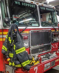 /Truck 12/ Maglietta Chicago Fire Dept/ /Dirty Dozen