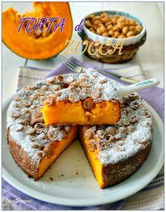 Ciao a tutti!!! Ultimo fine settimana di ottobre, sabato notte si cambia l'ora...purtroppo!!! Da domenica le giornate saranno ancora ... Croissant Recipe, Winter Desserts, Paleo Treats, Creative Food, Pumpkin Recipes, Love Food, Sweet Recipes, Sweet Treats, Dessert Recipes