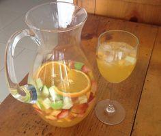 Sangria de cava con zumo de naranja