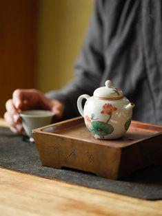 Tea Time Magazine, Hot Chocolate Coffee, Tea Lounge, Japanese Interior Design, Tea Culture, Beauty Salon Design, Japanese Tea Ceremony, Chinese Tea, Tea Art