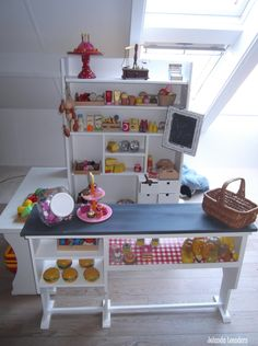 Knutsels van Jolanda. kinder winkeltje  Mooi en erg leuk voor kinderen om winkeltje te spelen en ik zou ook graag meedoen.
