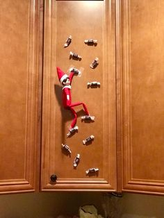 Elf Ideas Easy, Awesome Elf On The Shelf Ideas, Elf Is Back Ideas, Elf On Shelf Funny, Christmas Ideas, Christmas Elf, All Things Christmas, Christmas Crafts, Christmas Kitchen