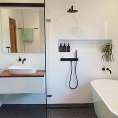 167 Top Modern Bathroom Shower Ideas For Small Bathroom - Page 32 of 169 Small Bathroom Layout, Modern Bathroom Design, Bathroom Interior Design, Small Bathroom Designs, Bedroom Designs, Modern Design, Bad Inspiration, Bathroom Inspiration, Bathroom Ideas