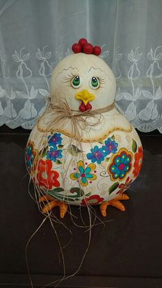 Gourds, All Art, Elsa, Chicken Kitchen, Chicken Ideas, Christmas Ornaments, Holiday Decor, Crafts, Craft Ideas