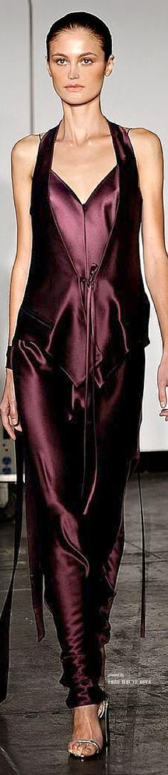 New York Fashion Week.          Juan Carlos Obando.          Spring/Summer 2015.          Ready-To-Wear.