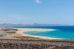 Playa de Sotavento (Fuerteventura, Islas Canarias) National Geographic, Free Mind, Island Design, Beach Bars, Island Beach, Canary Islands, Tenerife, Best Hotels, City