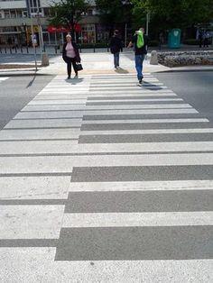 piano Street Art Under Your Feet. Best Street Art, 3d Street Art, Street Art Graffiti, Piano Street, Instalation Art, Street Art Utopia, Graffiti Artwork, Sidewalk Art, Piano Keys