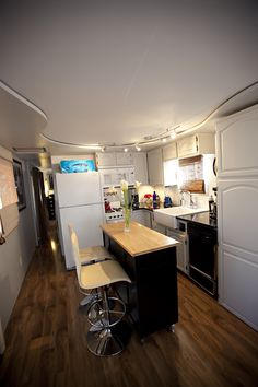 Featured Home: TrailerChic.com trailer remodel....Gorgeous! May be a trailer - but perfect for container home or small space living