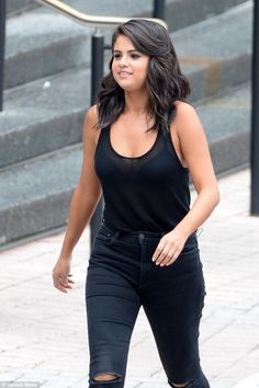 Selena Gomez Shuts Her Haters' Mouth By Gaining Couple Of Pounds In Few Months
