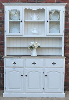 FRENCH PROVINCIAL COUNTRY FARMHOUSE BUFFET AND HUTCH SIDEBOARD - WHITE PINE