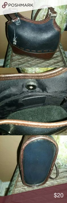 Brighton vintage handbag A basic black leather with brown trimming vintage handbag that measure about 7 ins from top to bottom and about 9.5 ins from side to side and strap drop about 11 ins  has some small sign of wear for this style of vintage handbag in good used condition. Brighton  Bags Shoulder Bags