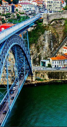 Metal Dom Luis bridge | Porto, Portugal / http://joselito28.tumblr.com/post/121576297838/porto-portugal