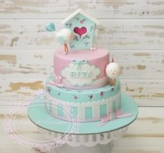 Shabby chic bird house Rita's 1st birthday cake. All decorated in fondant and handpainted flowers.  Sónia Neto https://www.facebook.com/pages/Sonhos-de-Encantar-bolos-decorados/220569271419369?ref=hl