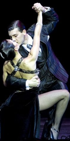 The FIRST tango in Buenos Aires: World championships draw to a red hot close…