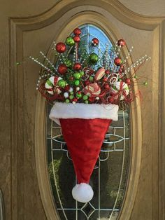 For parties, they are ideal to sublimate its Christmas decoration with ease, even at the last minute. With these 8 decorating ideas, there are… Continue Reading → Christmas Mason Jars, Christmas Hat, Christmas Holidays, Christmas Wreaths, Christmas Ornaments, Country Christmas, Christmas Christmas, Christmas Stockings, Christmas Door Decorations