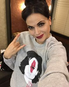 Attention #EvilRegals - join the Queen & support @FaceForwardLA by getting your sweatshirt today - just 3 day left! represent.com/Lana (link in bio) #Evilregal #QueenOfHope #LongLiveHope