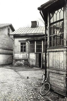 Helsinki, History Of Finland, Finnish Language, Mixed Media Scrapbooking, Old Buildings, Natural Resources, Something Beautiful, Historian, Old Houses