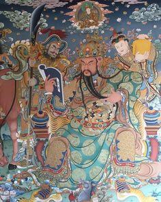 Taoism, Buddhism, Chinese Wall, Guan Yu, Buddha Art, Classic Paintings, Japanese Design, Chinese Painting, Creative Art