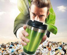 Sei ein Becherheld - und kämpfe mit dem Mehrwegbecher gegen die Flut von Papp- und Plastikbechern, die uns überrollt.