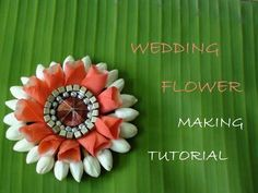 New wedding simple cheap rose petals ideas Daisy Wedding Flowers, Rustic Wedding Flowers, Wedding Flower Arrangements, Bridal Flowers, Flower Decorations, Wedding Decorations, Garland Wedding, Decor Wedding, Wedding Crafts