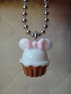 Minnie Mouse Cupcake Pendant