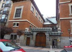 Madrid sin prisas: EL MARQUÉS DE SALAMANCA- Palacete de Zabálburo ...................... Foto Madrid, Spanish Architecture, Villa, Frocks, Buildings, Nostalgia, Sculpture, Painting, Mansions