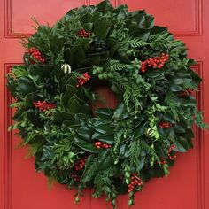 Circle Home and Design Door Wreaths, Christmas Wreaths, Holiday Decor, Red, Design, Home Decor, Decoration Home, Room Decor