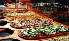 Flatbread Pizza Bar | http://advice.annsbridalbargains.com/2012/01/our-favorite-wedding-trends-for-2012-2234.html