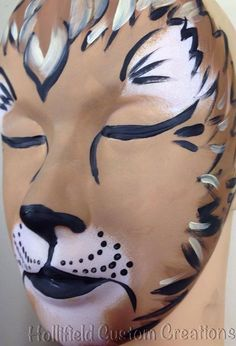 Lion #facepaint #tampa #hollifieldcustomcreations