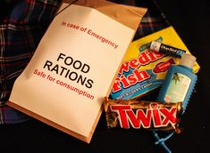 Fear The Walking Dead Party Chocolate is the obvious choice in a Food Ration Packet! It will get you through the creepiest episode of Fear the Walking Dead. Walking Dead Watch, Walking Dead Gifts, Fear The Walking Dead, Zombie Birthday Parties, Zombie Party, 11th Birthday, Birthday Fun, Wasteland Party, Walking Dead Birthday
