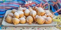 FRITTELLE SOFFICI AL LIMONE Italian Cookies, Italian Desserts, Mini Desserts, Cookie Desserts, Christmas Desserts, Italian Recipes, New Recipes, Cookie Recipes, Beignets
