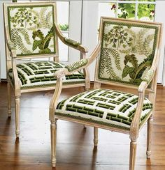 Dose of Design: Love it! - Needlepoint chairs - 2 for 1!