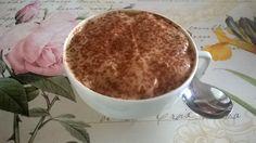 """""""TIRAMISU'"""" AL CAFFE' 1 pacchetto di pavesini - 125gr. yogurt magro al caffè - 1/2 cucchiaino cacao amaro - stevia. Alternare strati di pavesini e yogurt. Terminare con yogurt, una spolveratina di stevia e cacao. Lasciare riposare in frigorifero per almeno un giorno PORZIONI WW: 1 carb.chiaro - 1 latte - 5 Kcal"""