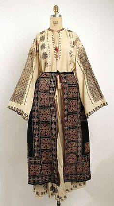 Ensemble Bitterman Museum of Art, New York Costume Institute Date: century Culture: Romanian Credit Line: Rogers Fund, 1908 Traditional Fashion, Traditional Dresses, Historical Costume, Historical Clothing, Mode Rococo, Ethno Style, Ethnic Dress, Costume Institute, Vintage Mode