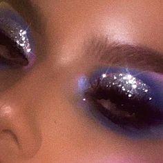 gold glitter eyeshadow, make up tutorial, make up for brown eyes, make up for hazel again wood workings bedroom - Glitzer Augen Makeup Goals, Makeup Inspo, Makeup Art, Makeup Inspiration, Beauty Makeup, Makeup Style, Makeup Ideas, Makeup Geek, Makeup Collage