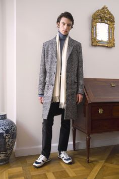 Éditions MR Fall 2017 Menswear Fashion Show Fashion News, Fashion Show, Mens Fashion, Vogue Paris, Editions Mr, Mr Men, Mens Fall, Holiday Outfits, All About Fashion