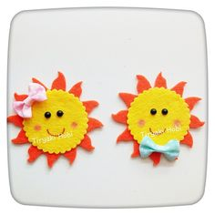 Sunshine and Rainbow baby mobile - bright colours - raindrops - made to order - nursery mobile - crib mobile - pick your colours 3d Paper Crafts, Felt Crafts, Diy And Crafts, Crafts For Kids, School Board Decoration, Felt Coasters, Tea Coaster, Felt Material, Felt Baby